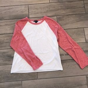Forever 21 cropped baseball tee M